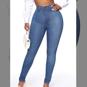 Fashion Nova Classic Hugh Waisted Skinny Jeans